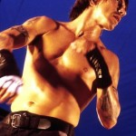 Anthony-Kiedis-blue