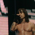 topless anthony kiedis live red background