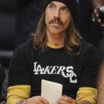 Anthony Kiedis Lakers game LA in balck and yellow wasp colours handsome