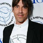 anthony-kiedis-sea-shepherd