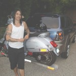 kiedis-bike-car