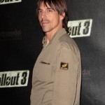 kiedis-brown-shirt