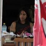 kiedis-eating-flag