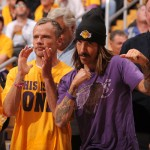 Anthony Kiedis Lakers game LA with Flea