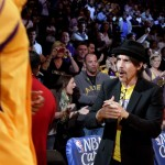 Anthony Kiedis Lakers game LA clapping