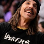Gorgeous Anthony Kiedis Lakers game LA smiling and happy