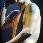 topless Anthony Kiedis with beanie hat