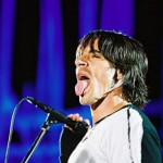 kiedis- sticking-tongue-out