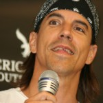 Anthony-Kiedis-Broken-Tooth