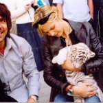 AK &amp; Heidi Klum white tiger cub