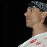 Kiedis-American-Eagle-Outfitters-12