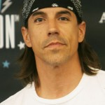 Kiedis-American-Eagle-Outfitters-5
