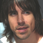 anthony-kiedis-white-t