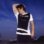 kiedis-LA_sniffing-armpit