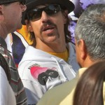 kiedis-black-hat-shades