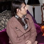 kiedis-brown-purple-sofa