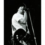 kiedis-bw-stool