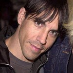 kiedis-direct-look