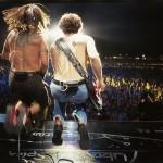 kiedis-flea-jump-live-back