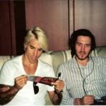 kiedis-frusciante-sofa