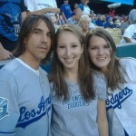 kiedis-dodgers-fan-girls