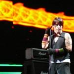 kiedis-live-214