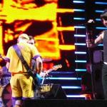 kiedis-live-401jpg