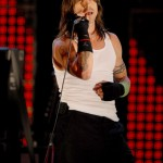 kiedis-live-red-lights2