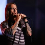kiedis-live-stripey-top-1