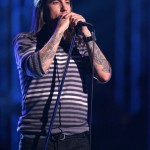 kiedis-live-stripey-top-4