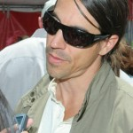 kiedis-shade-tilt