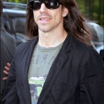 Anthony Kiedis se promne avec son amie  New York. INF