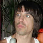 kiedis-startled-microphone