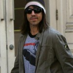 ANTHONY KIEDIS MIT SEINER FREUNDIN UNTERWEGS IN NEW YORK