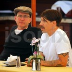 anthony kiedis lunch malibu 6 april 2011 short hair