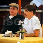 anthony kiedis lunch malibu 6 april 2011 short hair moustache