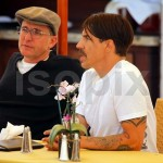 anthony kiedis lunch malibu 6 april 2011 new short hairstyle