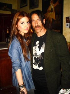 anthony kiedis with fan at Silverlake Conservatory of Music fundraiser dinner