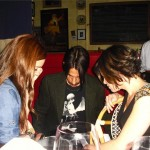 anthony Kiedis fundraiser meal cafe stella signing for fans