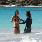 anthony-kiedis-heather-christie-playing-sea