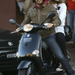 anthony-kiedis-heather-christie-riding-moped-4