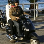 anthony-kiedis-heather-christie-riping-black-moped