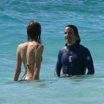 anthony-kiedis-heather-christie-up-to-waist-sea