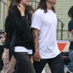 anthony-kiedis-heather-christie-walking-leopard-cap-3
