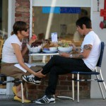 Anthony kiedis heather christie pregnant everly bear son eating lunch