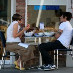 Anthony kiedis heather christie pregnant everly bear son cafe eating