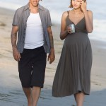 Anthony kiedis heather christie pregnant everly bear son seaside walk