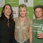 flea-anthony-kiedis-Daryl-Hannah-Red-Hot-Chili-Peppers