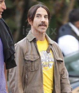 anthony kiedis LA Lakers game may 2 2011