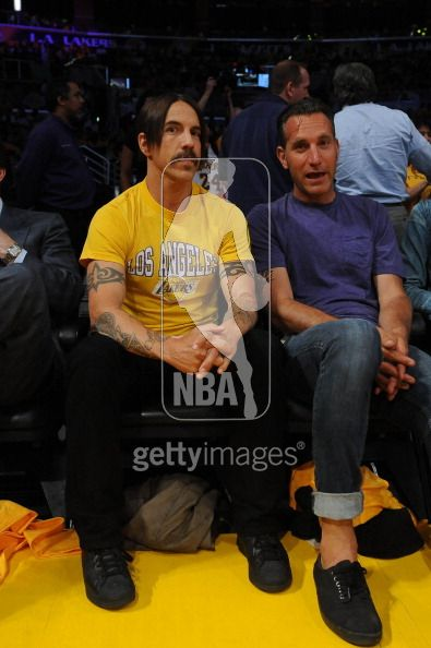 anthony kiedis yellow LA Lakers game